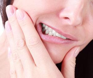 ¿Cuáles son los síntomas de un flemón y cómo tratarlo?